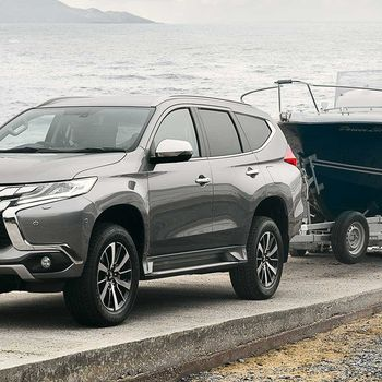 New Mitsubishi Shogun Sport Towing a Boat