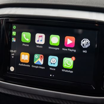 "8"" touchscreen multimedia unit, DAB radio and Apple CarPlay on MG3"