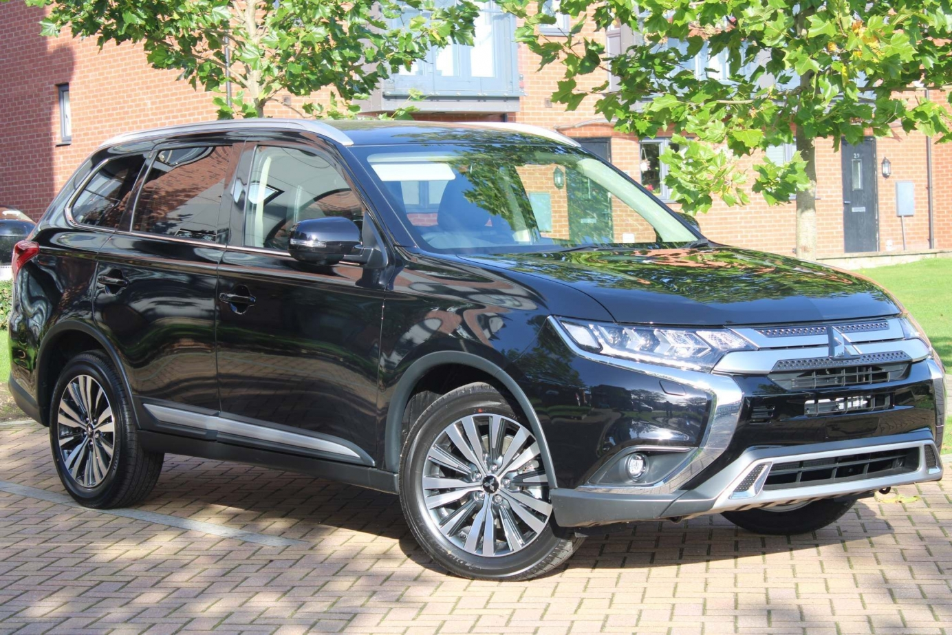 Mitsubishi Outlander Exceed 4WD Auto 0% Finance